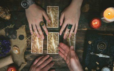 Storytime met Fabio – Reading Fortune Telling Cards